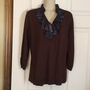 Jaclyn Smith sweater top. NWT